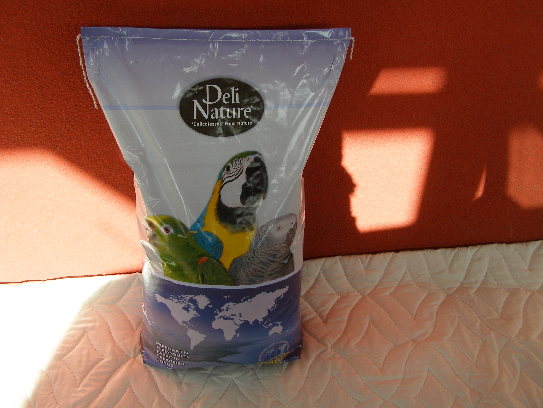 Beduco 64 Deli Nature pro střední a velké papoušky s ovocem 15 kg