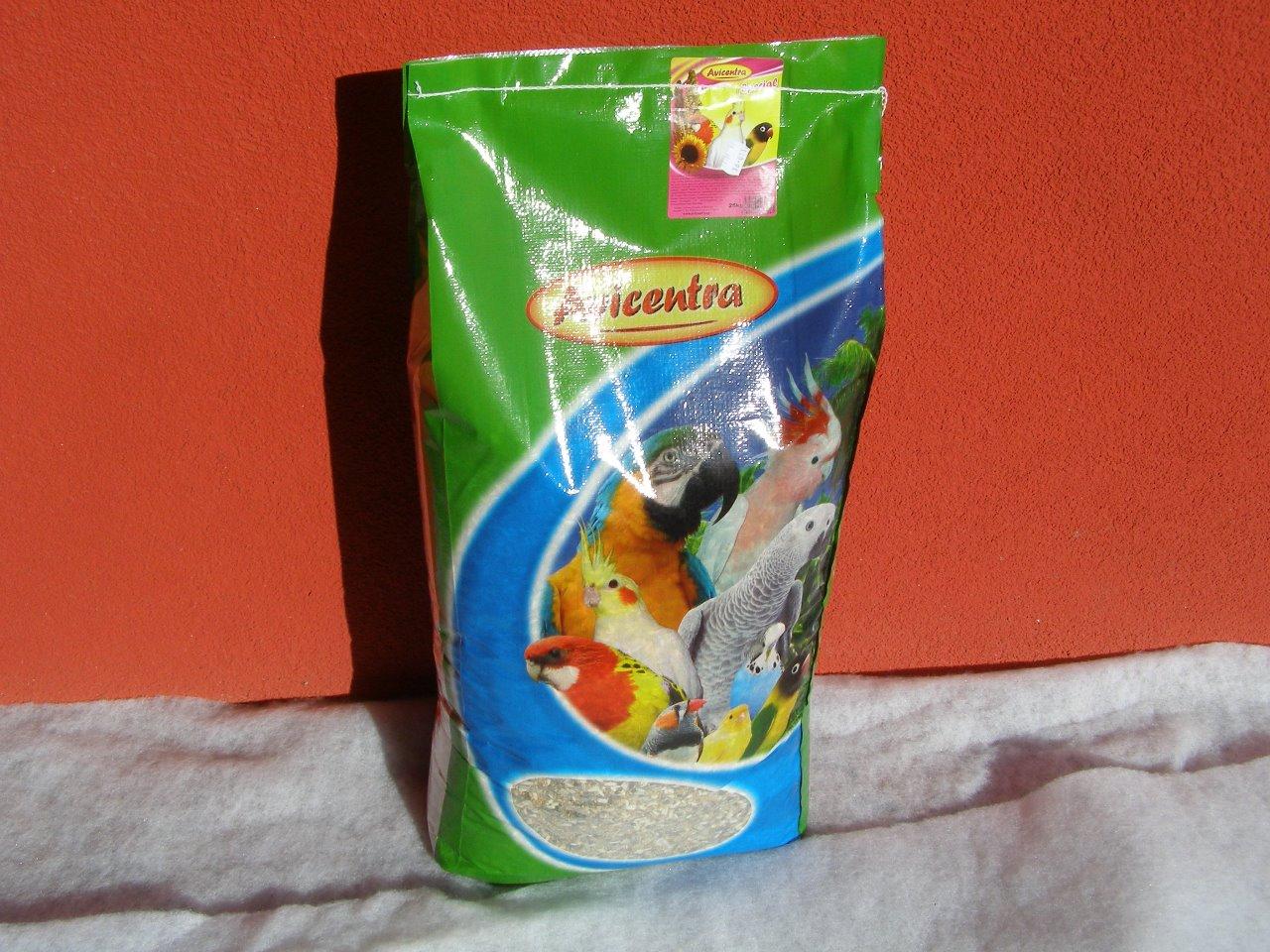 Avicentra s.r.o. Malý a střední papoušek speciál 25 kg